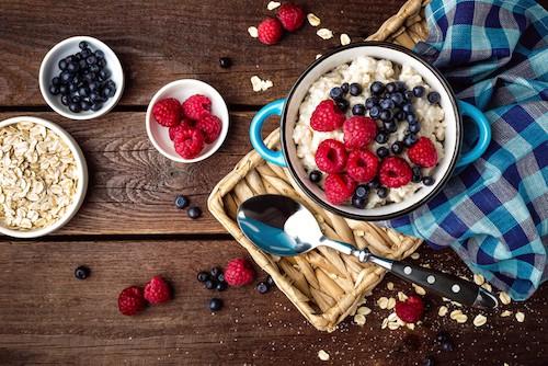 Rezept für Porridge mit Waldbeeren